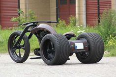 Bozzies custom bike design - The only trike I'd drive. Indian Motorcycles, Cool Motorcycles, Triumph Motorcycles, Drift Trike, Custom Motorcycle Parts, Motorcycle Bike, Custom Trikes, Kart, Hot Bikes