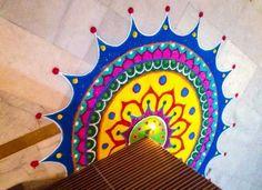 For corner. Rangoli Colours, Rangoli Designs Diwali, Rangoli Designs With Dots, Kolam Designs, Rangoli Borders, Rangoli Patterns, Rangoli Ideas, Diya Rangoli, Indian Rangoli