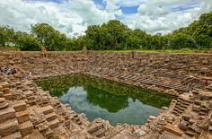Sun Temple, Modhera, Gujarat, India Indian Temple Architecture, Water Architecture, Temple India, Jain Temple, Places To Travel, Places To Visit, Strange Places, Incredible India, Beautiful Places