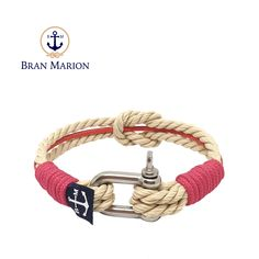 Bran Marion bracelets are the perfect casual accessory for the outdoorsy sporty types. Especially the water enthusiasts. Nautical Bracelet, Nautical Jewelry, Reef Knot, Marine Rope, Paracord Projects, Color Beige, Everyday Look, Anklet, Handmade Bracelets
