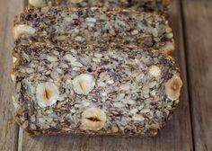 Les graines de chia sont sans gluten et côté nutrition, elles sont bourrées de bonnes choses. A savoir : fibres, minéraux, vitamines, acides-gras oméga 3, potassium ou encore calcium. Découvrez 5 idées de recettes pour les utiliser et en profiter un maximum.