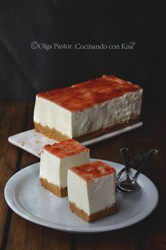 Tarta mousse de queso (KitchenAid) no molt light pero boooo Delicious Desserts, Dessert Recipes, Yummy Food, Mousse Cake, Sweet Tarts, Sweet And Salty, Sweet Recipes, Cupcake Cakes, Cupcakes