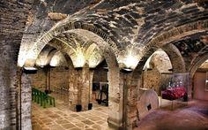 All'interno del Museo del vetro di Piegaro (PG) #piegaro #umbriainpin