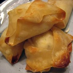 Linda s Baked Crab Rangoon from Food.com: These delicious little morsels are to die for! Creamy cheese and crab with lemon. Doesn't get much better than that! Great as an appetizer for any social event, but don't wait until then. Make them for yourself and the family, and see for yourself how DELISH they are alone, or with any kind of dipping sauce you might like. I love them with my recipes for Linda's Chinese Duck Sauce and Linda's Thai Sweet Chili Sauce for Dipping (Egg Rolls, Sushi).