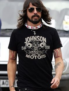 Dave Grohl!!! Lick <3