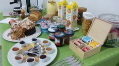 Liana home, easter breakfast
