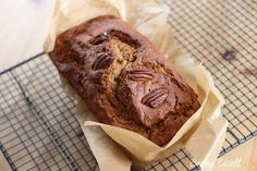 My Gluten Free banana bread tastes amazing & you can eat as much as you want! It's gluten free, dairy free, refined sugar free & fat free too! Super Healthy Banana Bread, Gluten Free Banana Bread, Gluten Free Oats, Banana Bread Recipes, Gluten Free Recipes, Dairy Free, Vegan Recipes, Sugar Free, Low Sugar