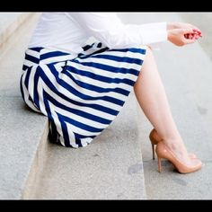 """✨Host Pick✨Striped Skirt Navy stripes on white. NWOT. Flare A-line mini skirt. Alice's Pig Modcloth. US size 4, UK size 8. Waist is about 26"""". ModCloth Skirts A-Line or Full"""