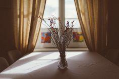simple and beautiful Helsinki, Wedding Decorations, Simple, Inspiration, Beautiful, Home Decor, Biblical Inspiration, Decoration Home, Room Decor