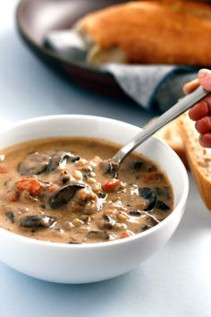 Made it more into a rice not soup by cooking longer and not using the cashews.The Ultimate Mushroom and Wild Rice Soup: Vegan, Vegetarian, Gluten-free Soup Recipes, Whole Food Recipes, Vegetarian Recipes, Cooking Recipes, Healthy Recipes, Vegan Vegetarian, Healthy Foods, Wild Rice Recipes, Vegan Chili