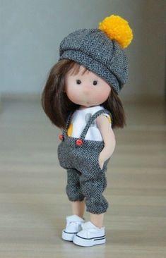 Pretty Dolls, Cute Dolls, Beautiful Dolls, Fabric Doll Pattern, Fabric Dolls, Pattern Sewing, Doll Patterns, Doll Crafts, Diy Doll