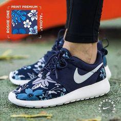 Royaume-Uni disponibilité 21f40 716a2 Nike Roshe Run Enfant Bleu Marine Bleu 29œ, nike air max 5 outil