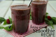 Berry Green Smoothie Recipe for Kids {from @weelicious}