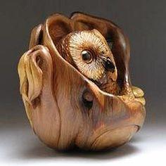 The watchful Owl Netsuke