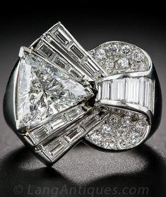 Deco/Retro Platinum and Diamond Cocktail Ring, Bijoux Art Deco, Art Deco Jewelry, Fine Jewelry, Jewelry Design, Cheap Jewelry, Vintage Diamond Rings, Diamond Jewelry, Jewelry Rings, Jewelry Accessories