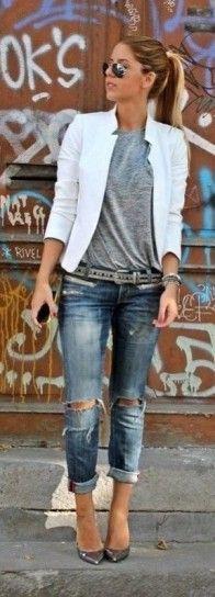 Blazer bianco e boyfriend jeans
