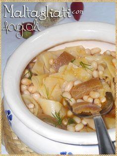 Maltagliati con fagioli (Maltagliati with beans) #Pasta #homemadepasta