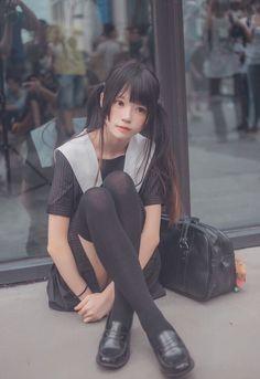 Pin by 有助 鄭 on su in 2019 Cute Asian Girls, Beautiful Asian Girls, Cute Girls, School Girl Japan, Japan Girl, Japonese Girl, Kawai Japan, Cute Kawaii Girl, Cute Girl Poses