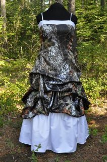 Find great deals on for camo wedding dress and mossy oak dresses in Wedding Dresses. Camouflage Prom Dress, Camouflage Wedding, Camo Dress, Gown Dress, Camo Wedding Dresses, Wedding Dress Pictures, Wedding Gowns, Bridesmaid Dresses, Prom Dresses