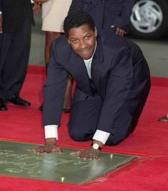 Denzel Washington At His Hand And Footprint Ceremony At Grauman's Chinese Theater.