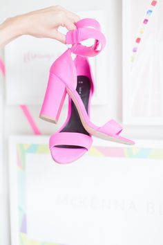 Modern + bright pink sandals: Photography: Stacy Bauer - http://www.stacybauerphotography.com/