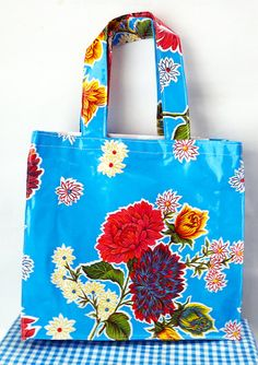 Free shipping Mexican oilcloth bag by Chunchitos on Etsy, $15.00