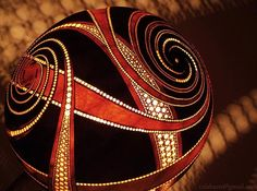 [Image] | These Lamps Create Incredible Art On The Walls Surrounding... - TIMEWHEEL