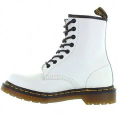 "Stand out in the Dr Martens 1460 in white! The matte leather upper features contrasting black piping topping off the shaft, and black eyelets and laces. - Leather upper - Partially lined with textile - Rubber sole - 6"" shaft height Please Note: Styles Described as 'UNISEX' are Quoted in Unisex UK Sizing. Mens Sizes are 1 Size Smaller than your US Size and Womens Sizes are 2 Sizes Smaller than your US Size. R11821100 1460W #DocMartensoutfit"