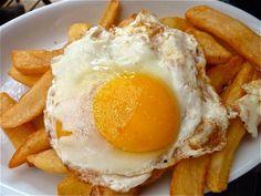 Huevo Frito con Patatas
