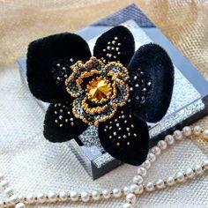 Чёрная красотка уже в продаже в магазине на #ярмаркамастеров  Ссылка в профиле! Моя любимица изысканная и таинственная... Нежный шелковый…