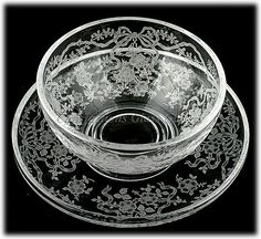 Fostoria Romance Etched Elegant Glass Mayonnaise Under Plate Fostoria Glassware, Etched Glassware, Antique Glassware, Vintage Tableware, Vintage Dishes, Vintage Love, Vintage Ideas, History Of Glass, Glass Etching