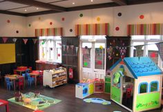 i would have never considered turning an old home into a childcare center savits! Preschool Pictures, Preschool Rooms, Preschool At Home, Preschool Classroom, Preschool Layout, Classroom Layout, Classroom Ideas, Daycare Setup, Daycare Design