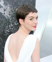 Anne Hathaway Layered Dark Mocha Brunette Pixie Cut with Side Swept Bangs Brunette Pixie Cut, Dark Brunette, Pixie Haircut, Hairstyles Haircuts, Anne Hathaway Haircut, Really Short Hair, Royal Engagement, Bad Hair Day, Her Hair