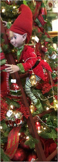 Christmas With The Kranks, Elf Christmas Tree, Gold Christmas, Christmas Countdown, Christmas Themes, Christmas Tree Decorations, Christmas Holidays, Christmas Wreaths, Christmas Ornaments