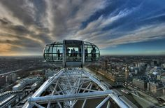 London Eye - delivers views worth capturing day, night, winter or summer. Fee, nearest Tube, Waterloo or Westminster. By Lallis - the Golftra…on Panoramio.