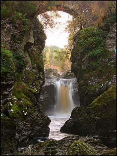 Foyers upper waterfall and bridge, Loch Ness, Scotland. Photo by Russell Bain.