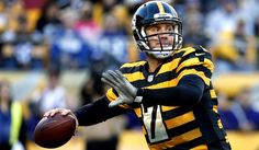 Ben Roethlisberger set franchise records with 522 yards passing and six touchdowns and the Pittsburgh Steelers raced by the Indianapolis Colts, 51-34, on Sunday.