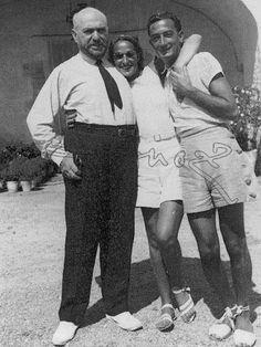 El pintor Josep Maria Sert, Gala y Dalí, en el Mas Juny, Palamós, en los años 30.