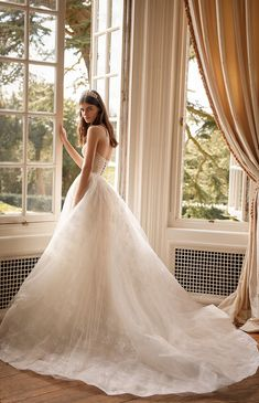 GALA by Galia Lahav Fall 2021 Collection. www.theweddingnotebook.com Tulle Ball Gown, Ball Gowns, Bridal Collection, Dress Collection, Bridal Dresses, Wedding Gowns, Bridal Gown, Outdoor Wedding Dress, Bridal Cape