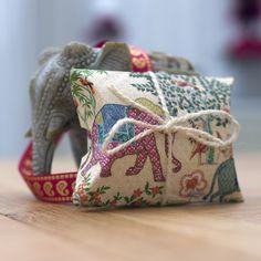 Elephant Themed Favour Boxes (Weddings,Gifts,sweet boxes,celebrations). Wedding Favours, Wedding Gifts, Favour Boxes, Sweet Box, Indian Elephant, Lace Ribbon, Birthday Favors, Handmade Wedding, Envelopes
