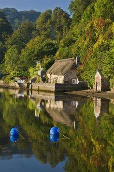 Smuggler's Cottage of Toad Hall Cottages, Dittisham, Devon, UK