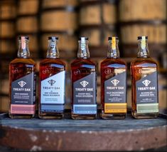 Liquor Drinks, Alcoholic Drinks, Cocktails, Bourbon Whiskey Brands, Whisky, Scotch, Cigars, Whiskey Bottle, Drinking