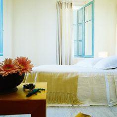 Une chambre en couleurs en toute simplicité