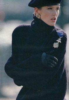 """L'esprit Marine"", ELLE France, October 1984 Photographer: Gilles Bensimon Model: Ashley Richardson"