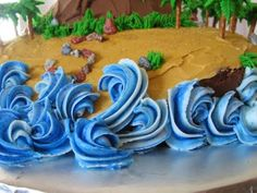 Buttercream Waves - use a super huge star tip and the reverse shell technique… Cake Decorating Techniques, Cake Decorating Tips, Cookie Decorating, Ocean Cakes, Beach Cakes, Wave Cake, Cupcake Cakes, Cake Cookies, Fondant Cakes