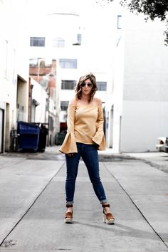 Trending Tuesday: Bell Sleeve Top by IL blogger The Coral Court