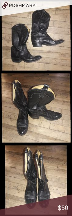 Mens Tony Lama cowboy western boots size 8.5 D Awesome pair of western boots size 8 1/2 D. These boots are perfectly worn in with a lot of life left! These have a real rockabilly feel! Tony Lama Shoes Cowboy & Western Boots