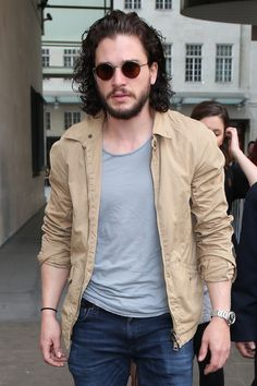 Kit Harington Changed His Look, Is Still Perfect