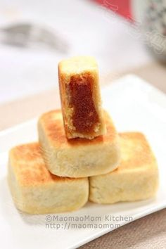 Melt in Your Mouth【Enclosed Pineapple Tarts】  by MaomaoMom This recipe is adapted from  Table for 2…or more . I