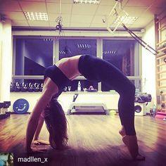 A co Ty robisz jak zostajesz sama na siłowni? Lubisz wieczorem trenować?  #monday #trening #aktywnywieczór #samnasam #siłownia #yoga #streathing #forma #ciało #fit #fitnessinstructor #personaltrainer #fitmum #bodybuilding #nevergiveup #noexcuses #bezwymowek #workout #gym #gymstuff #gympeople #gymlife #leggings #sportsbra #active #goodnight